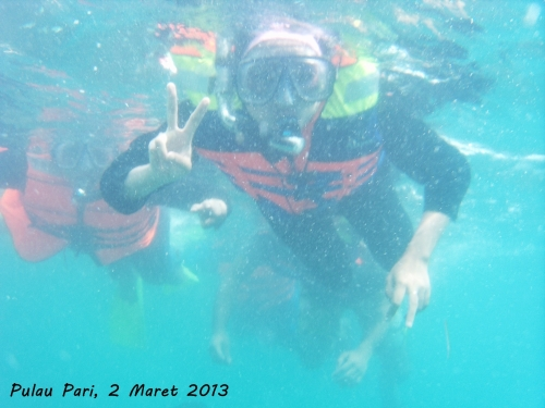 Hey... Aku snorkeling loh...