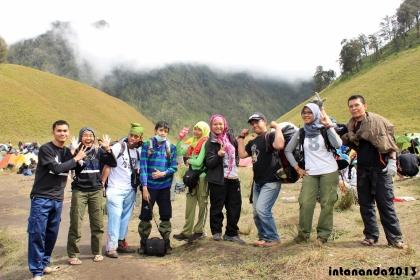 Mengantar teman-teman yang akan berangkat summit