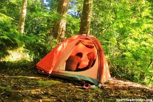 Tenda kami yang masih baru, soalnya baru dipakai dua kali ini...